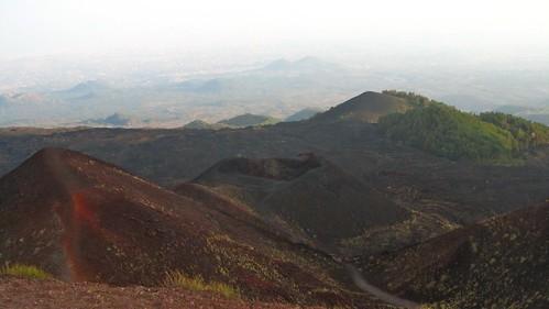 Crateri Silvestri: escursione e gita gratuita sull'Etna