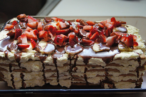 Banana Split Icebox Cake (17)