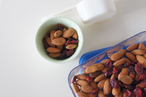 Healthy Snack Ideas - Almonds and Cranberries