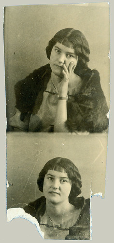 Photobooth woman with fur