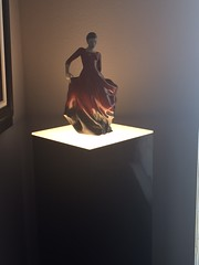 Black Gloss Pedestal with Ambient Light