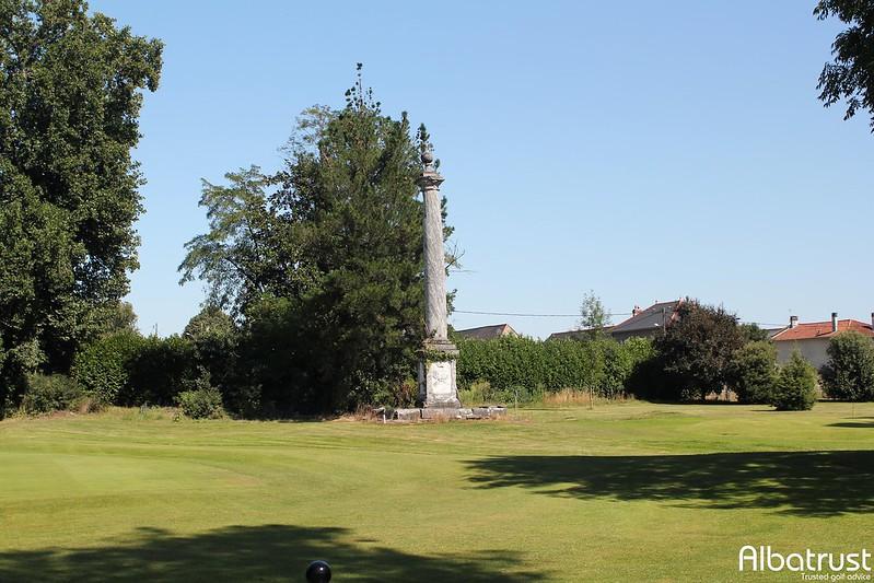 photo du golf Golf De Tarbes Les Tumulus - Parcours