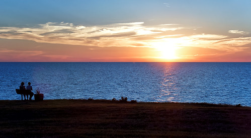 lake water sunset lakeerie blue sun summer clouds horizon landscape shoreline