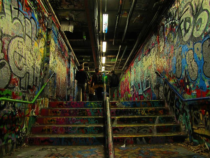 Graffiti tunnel, VII