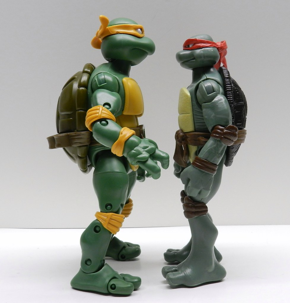 Ninja turtle classic collection michelangelo figure review infinite
