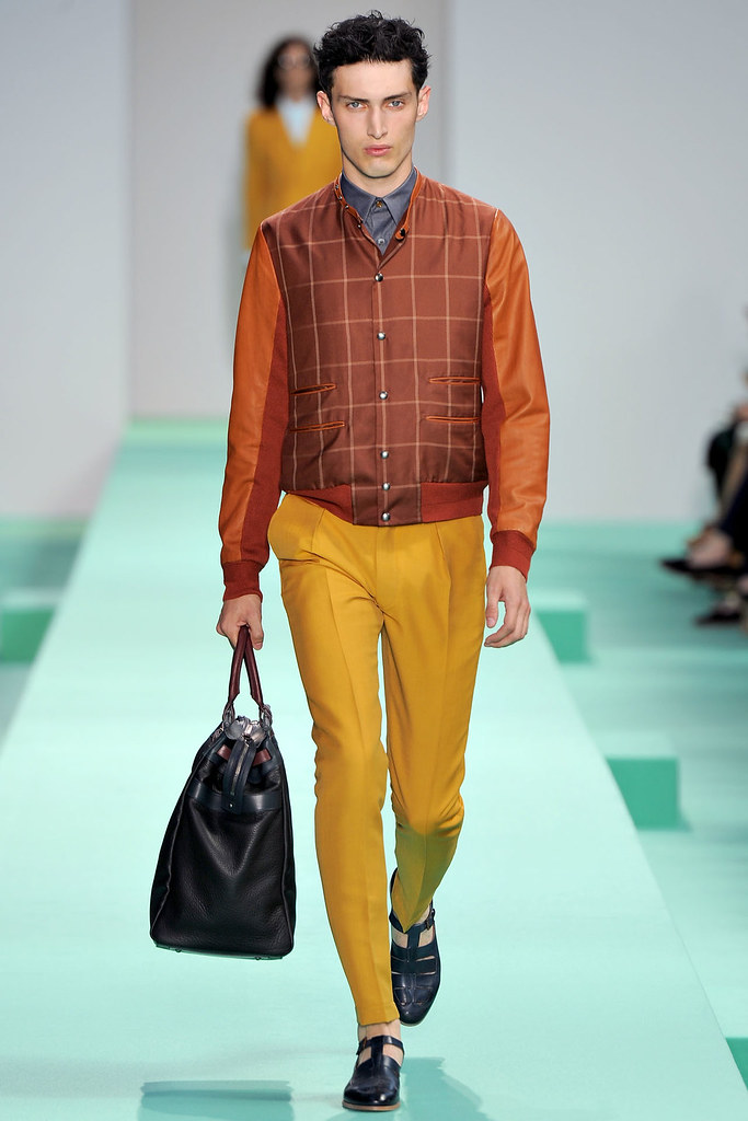 Charlie France3684_SS13 Paris Paul Smith(VOGUE)