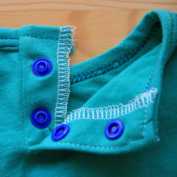 16-Button Placket