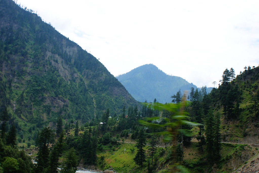 """MJC Summer 2012 Excursion to Neelum Valley with the great """"LIBRA"""" and Co - 7641990352 7952657157 b"""