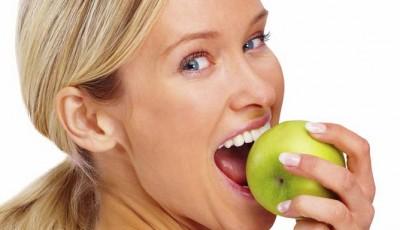 Pouhá 2 jablka denně mohou snížit riziko srdečního onemocnění