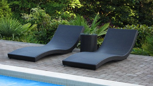 decorating garden furniture loungers