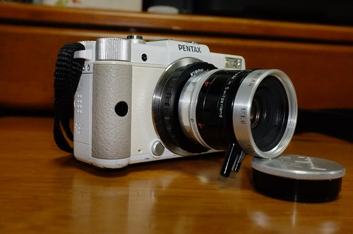 Pentax Q with SWITAR 5.5mm f1.6
