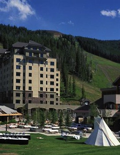 Big Sky Summit Hotel
