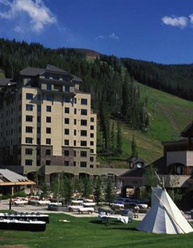 Big Sky Summit Hotel