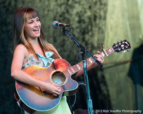Kacey Musgraves @ Chateau Ste. Michelle Winery