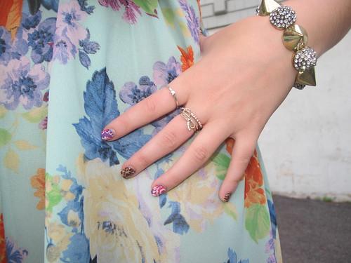 Livingaftermidnite : Floral Tones