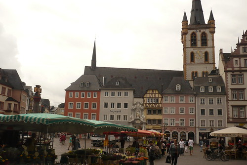 Trier market place with back yard church