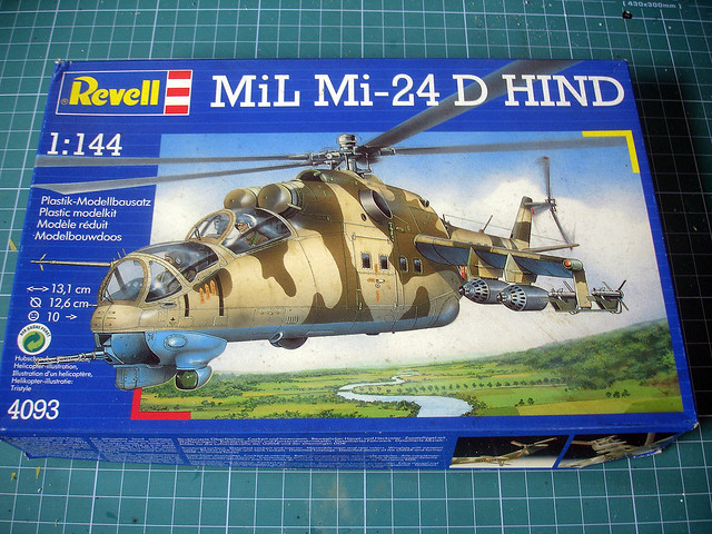 Mi-24 D (Revell 1:144) Box