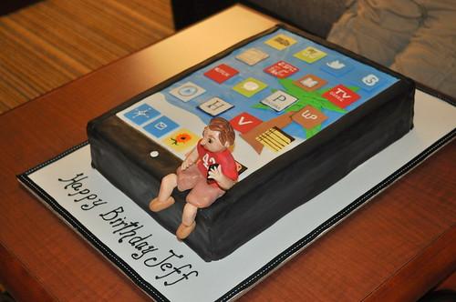 iPad Cake by Janet LaDue (luvandbuttah)