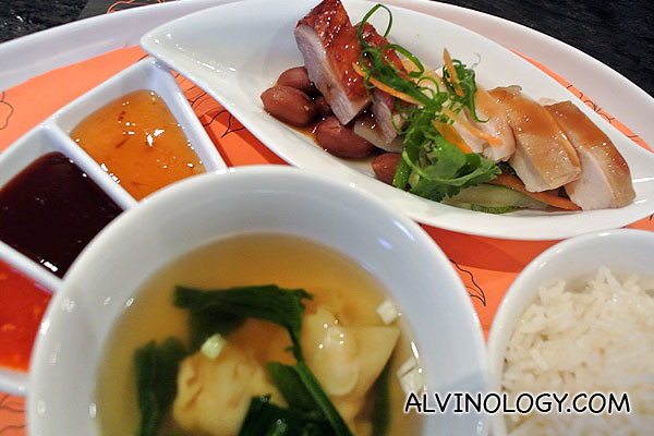 Trio meat platter served with fragrant chicken rice