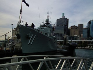 Imagem de HMAS Vampire perto de Pyrmont. new museum wales harbour vampire south class submarine destroyer national maritime nsw darling oberon daring onslow hmas