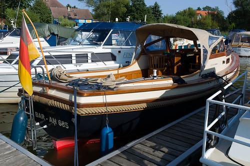 Das erste Mal rückwärts eingeparkt mit'm Boot!