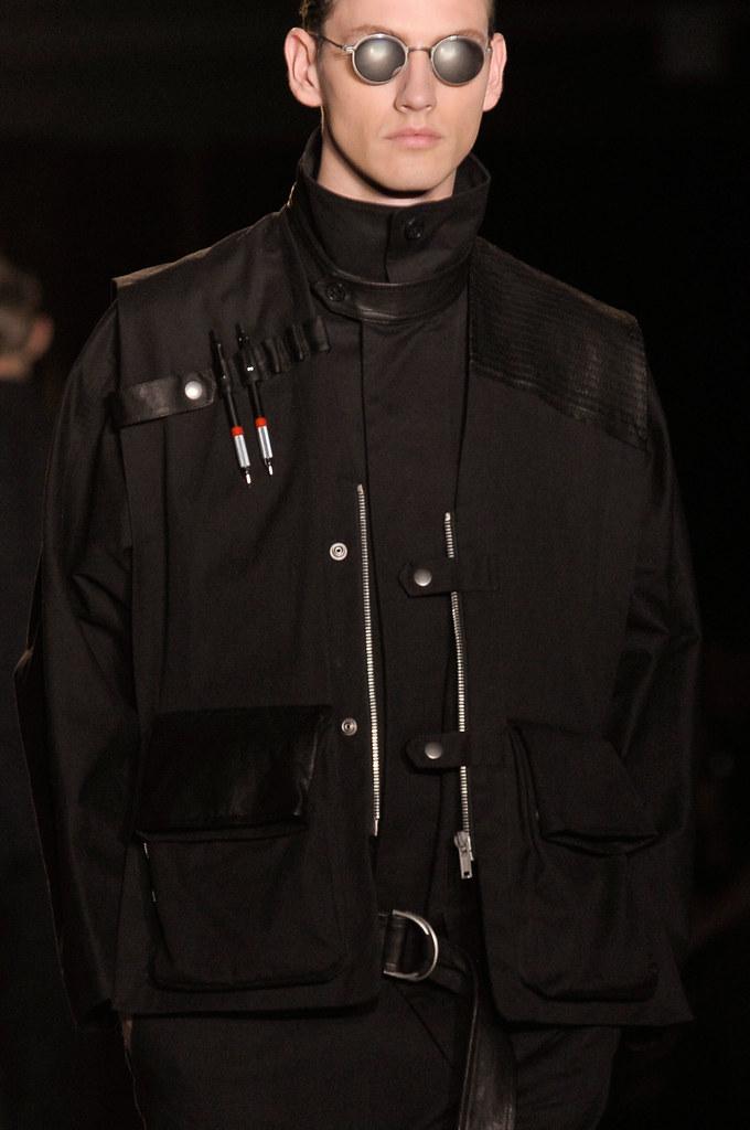 Jakob Hybholt4040_SS13 Paris Damir Doma(fashionising.com)