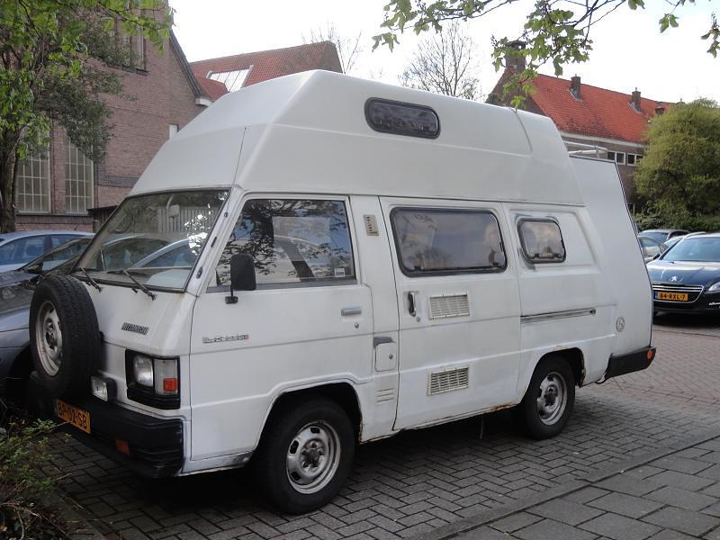Mitsubishi L300 2.3D Camper 28-1-1986 BP-02-SB