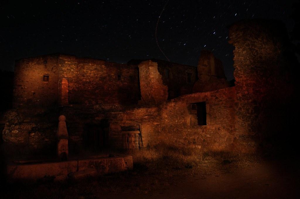 Plaza de Tobes, un pueblo fantasma