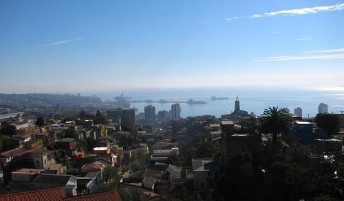 Valparaíso visto desde La Sebastiana by Miradas Compartidas