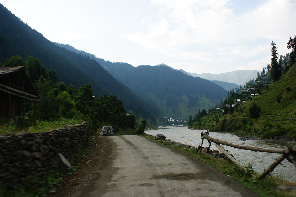 """MJC Summer 2012 Excursion to Neelum Valley with the great """"LIBRA"""" and Co - 7588301626 227ba7929c b"""