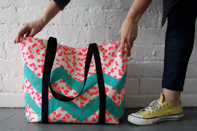 Harvest Textiles Dots & Zags Tote