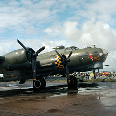 Duxford - Medium format - Boeing B-17 'Sally-B'