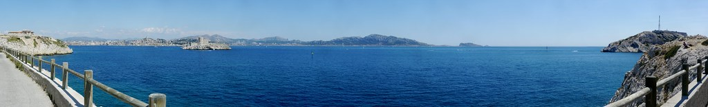 related image - Panorama de Marseille depuis le Frioul - 2012-0722- P1430023-P1430029