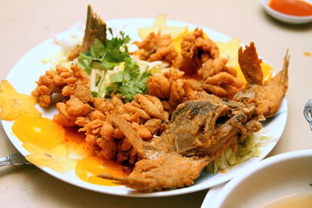Kam Jia Zhuang Seafood: Deep Fried Chrysanthemum Garoupa