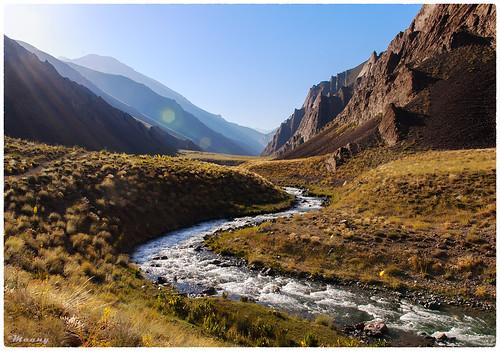 mountain river landscape colorful iran pentax vivid velvia mazandaran curve mountainous k100d varangehrood varangrood وارنگهرود