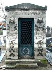 Pharaons au cimetière de Montmartre