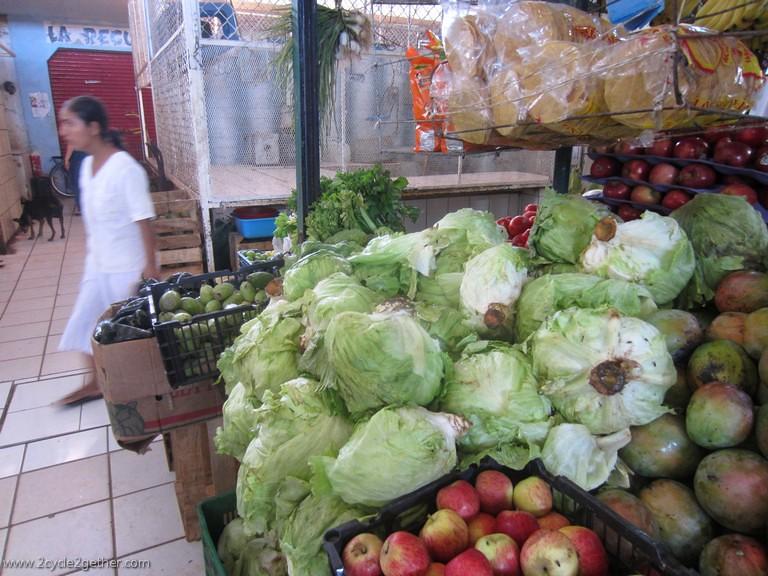 Market in Ruiz, Nayarit