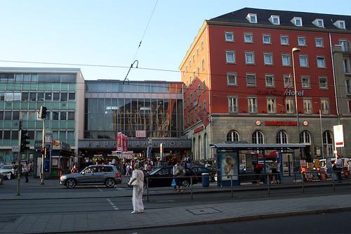 Hauptbahnhof - Südausgang Bayerstraße