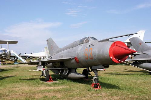 Mikoyan-Gurevich MiG-21PFMA 93 red