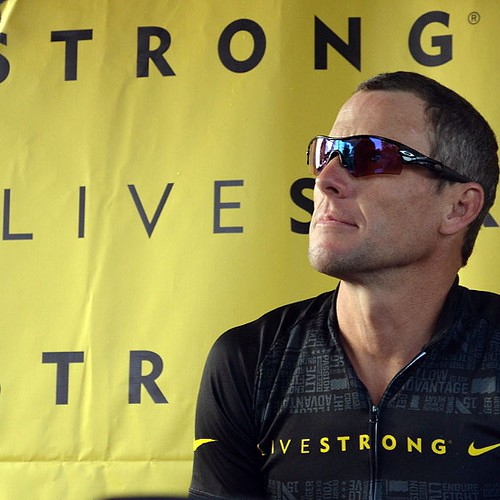 Lance Armstrong pierde sus titulos del Tour de France