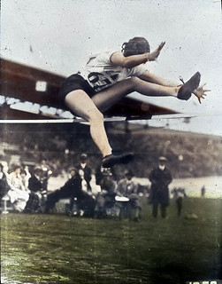 Ethel Catherwood of Canada, winner of a gold medal in the women's high jump event at the VIIIth Summer Olympic Games / d'or au saut en hauteur femmes, lors des VIIIe Jeux Olympiques d'été