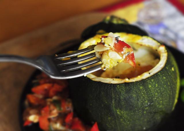 Stuffed round zucchini 5
