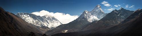 nepal trekking landscape earlymorning 85mm himalaya khumbu himalayas 2012 amadablam tangboche khumjung khumburegion sagarmathanationalpark purwanchal pichayaviwatrujirapong