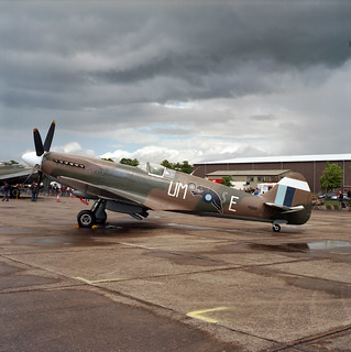 Duxford - Medium format -  Spitfire PR Mark XIX, F-AZJS, PS890 / UM-E