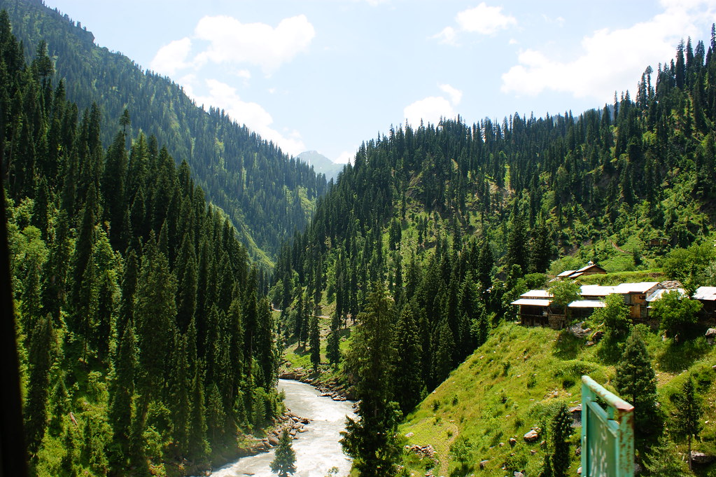 "MJC Summer 2012 Excursion to Neelum Valley with the great ""LIBRA"" and Co - 7633188446 4212b8995c b"
