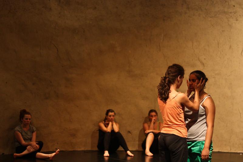 KioSK 2012: Rituál a telesné praktiky performera