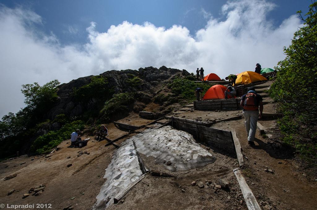20120728 燕山荘のテント場