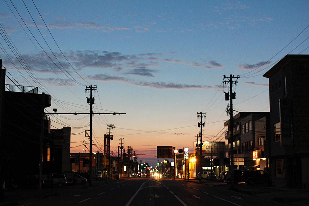 金石街道、夏の夕暮れ