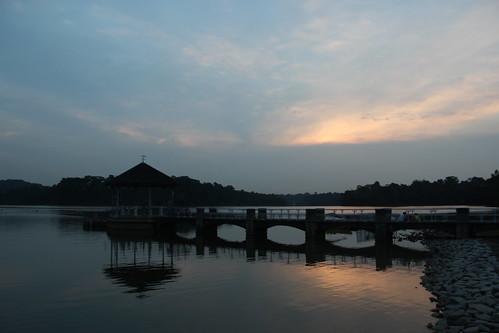 sea sun reflection photography singapore reservoir 600d