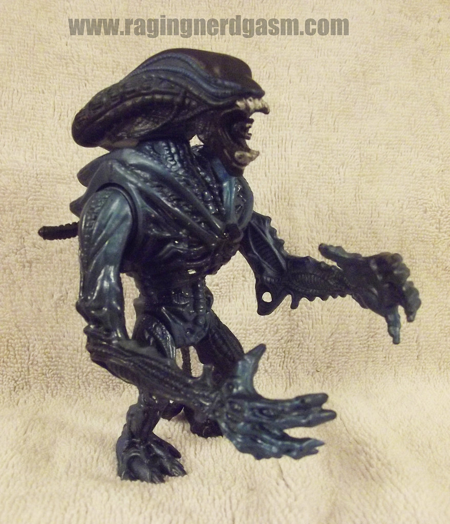 Kenner's Gorilla Alien_0007